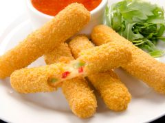 Jalapeno & Red Pepper Mozzarella Sticks
