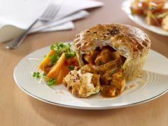 Wrights Unbaked Chicken Balti Pies